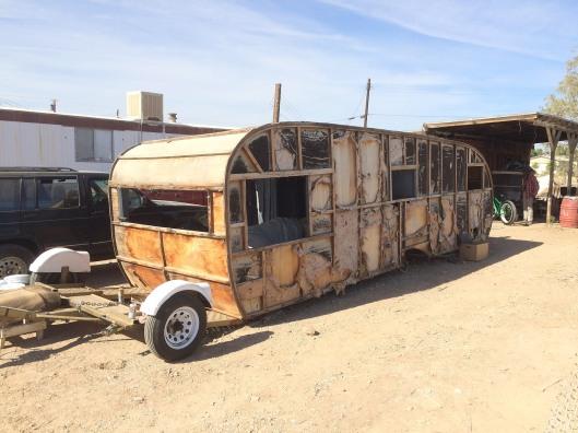 trailer 2401